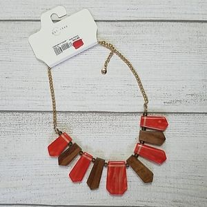 🌻 4/$25 NWT Cato Necklace, Orange & Wood